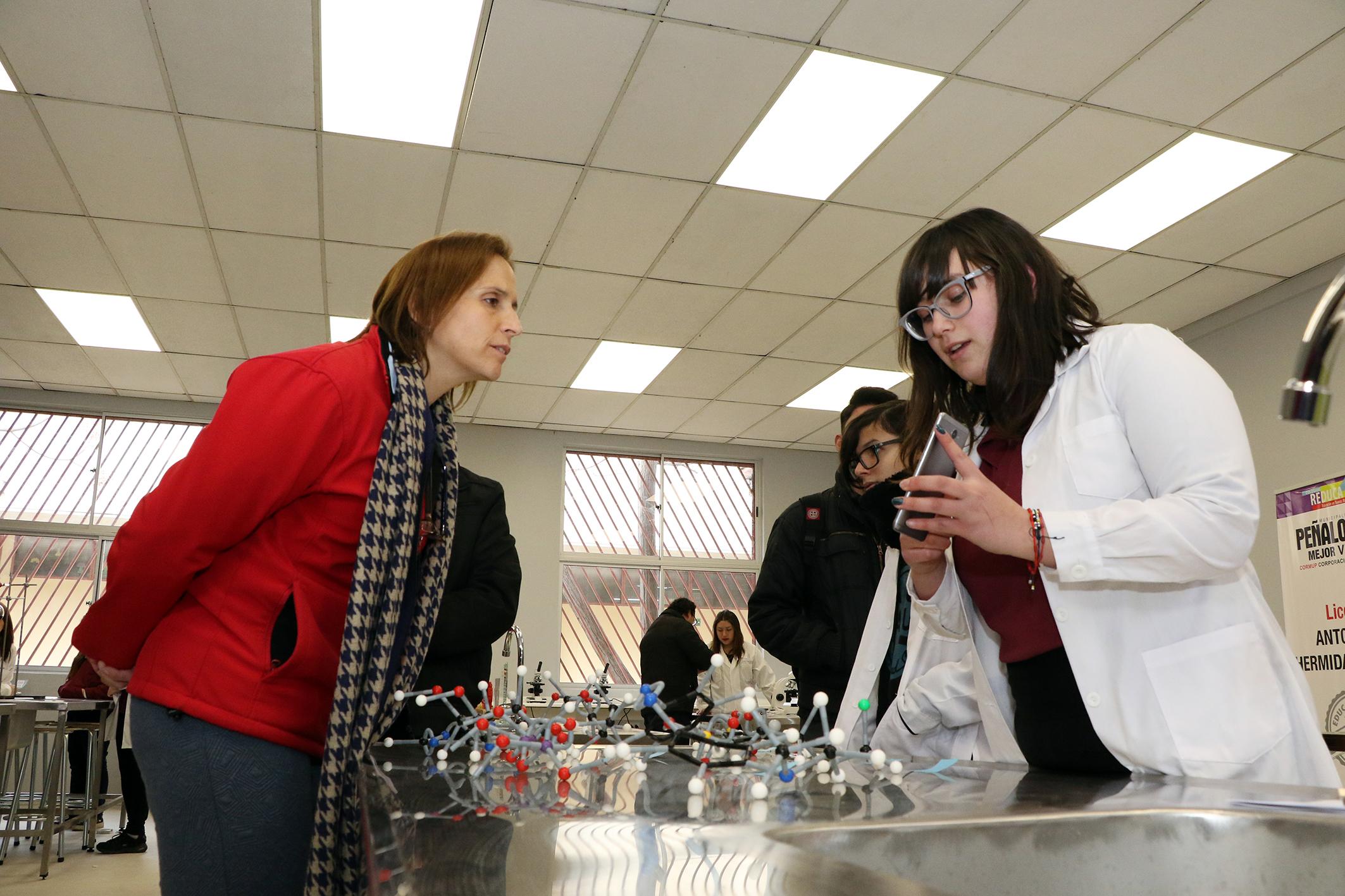Laboratorio-de-Ciencias-Liceo-Antonio-Hermida-Fabres-08