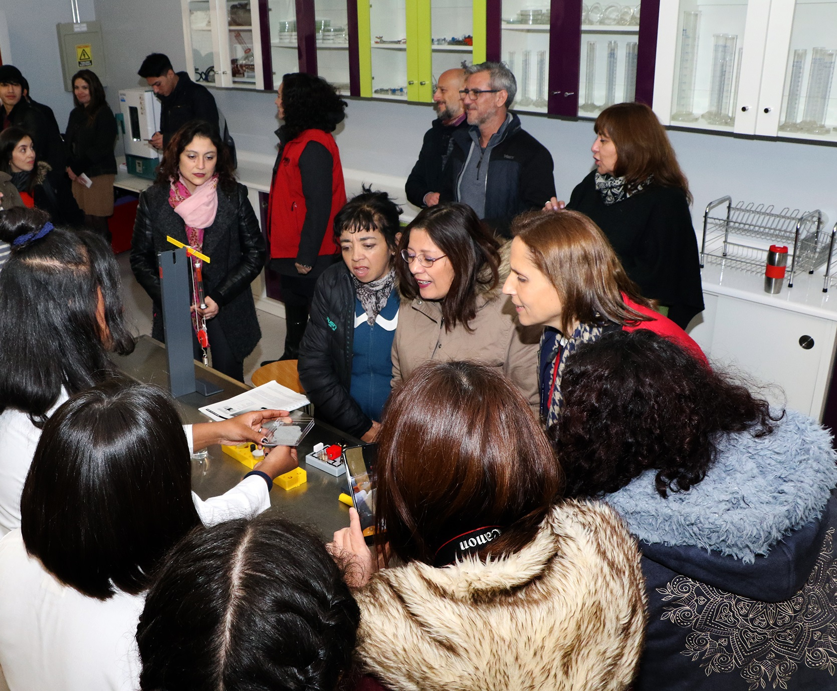 Laboratorio-de-Ciencias-Liceo-Antonio-Hermida-Fabres-09