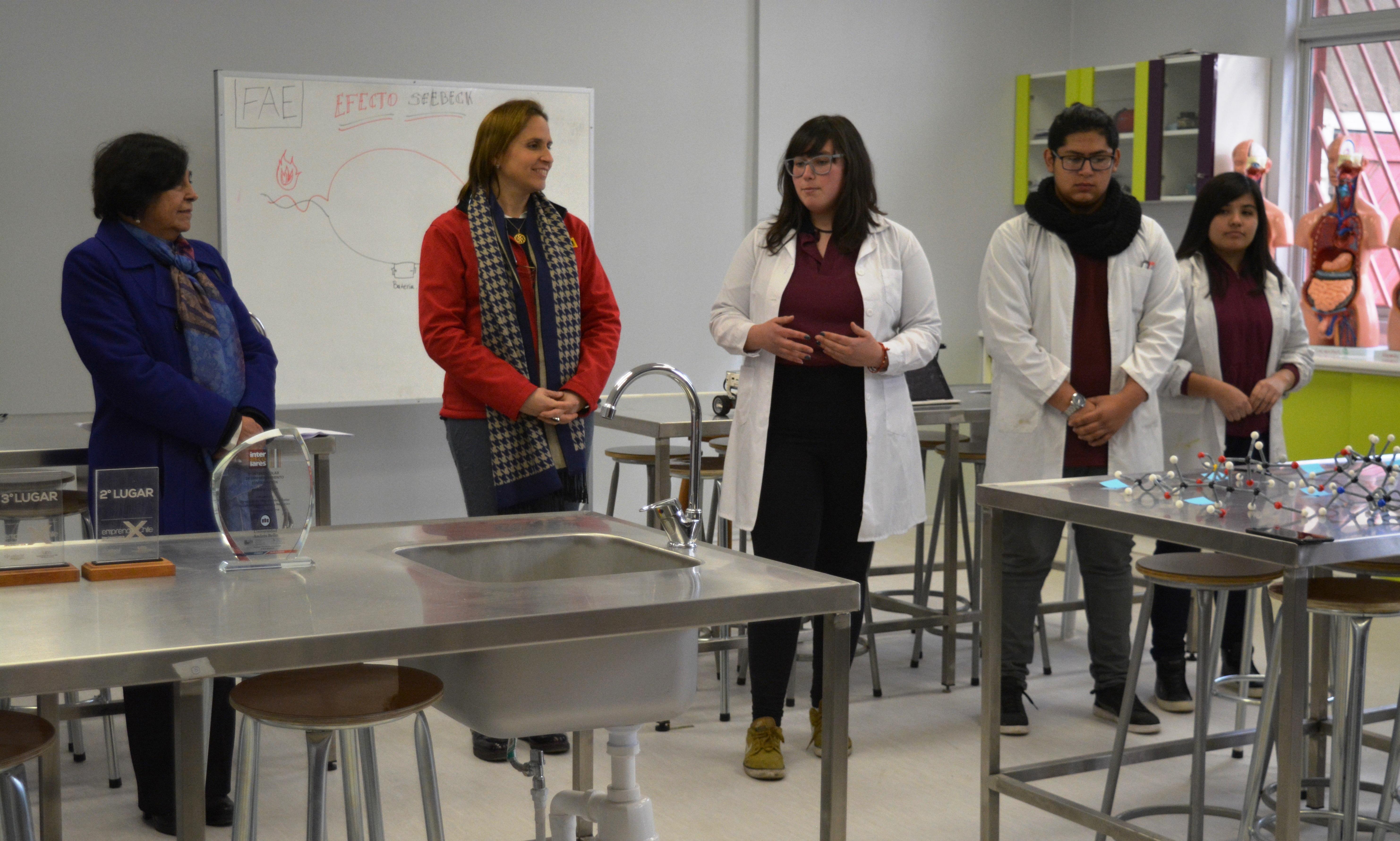 Laboratorio-de-Ciencias-Liceo-Antonio-Hermida-Fabres-23